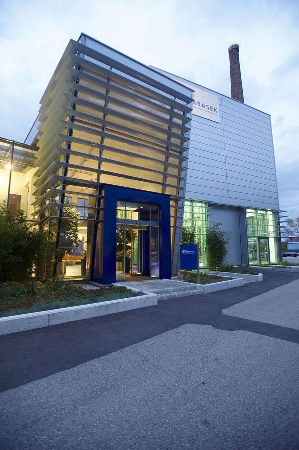 Firmenneugestaltung Gebäude Außen