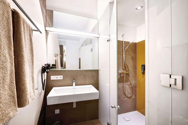 Badezimmer und WC Hotel
