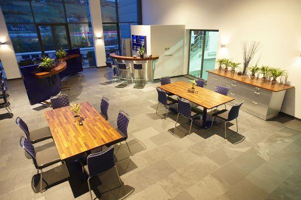 Pausenraum Mitarbeiter Firmen-Neugestaltung